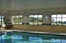 Hotels-IL-HamptonInn-IndoorPool-201406